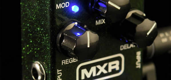 MXR Carbon Copy Analog Delay Review