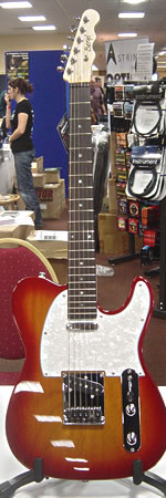Beryl Studio T at the 2010 Bristol Guitar Show
