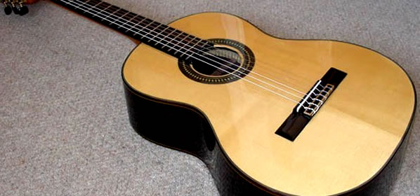 Abanico Classical Guitars Interview