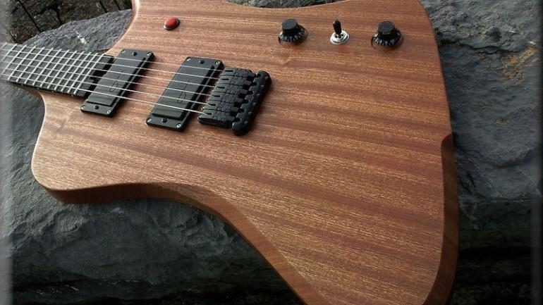 Hufschmid Guitars – Firedroid – Guitar Review