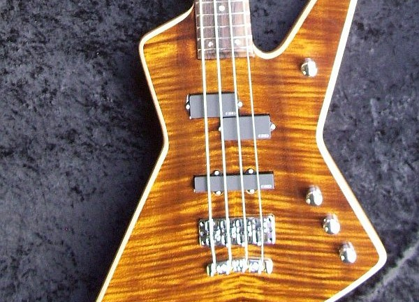 MacPherson Guitars – Custom Explorer Bass Review