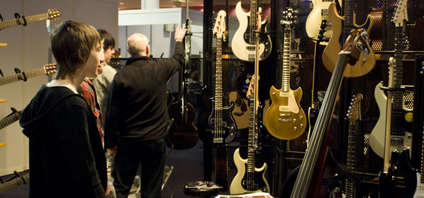 Great British Guitar Show Comes To Birmingham For 2012