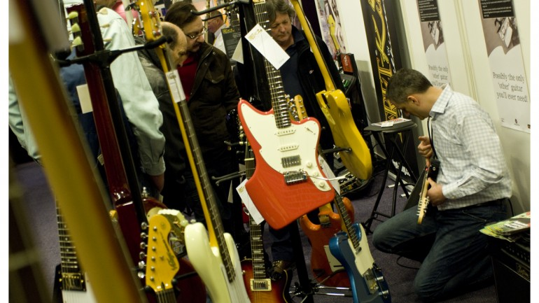 Big Brands Line Up For Great British Guitar Show 2012