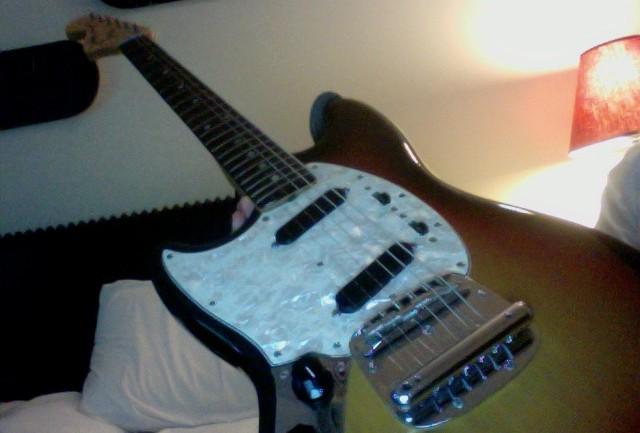 1974 Fender Mustang Electric Guitar Review