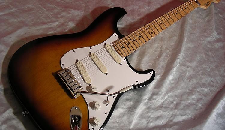 1991 Fender Stratocaster Plus Guitar Review
