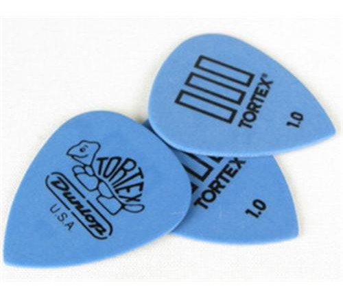Choosing the right plectrum